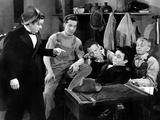 In Fast Company  Leo Gorcey  Bobby Jordan  Huntz Hall  David Gorcey  William Benedict  1946