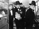 Scarface  Vince Barnett  Paul Muni  1932