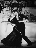 Flying Down To Rio  Ginger Rogers  Fred Astaire  1933  Dancing &#39;The Carioca&#39;