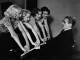 Footlight Parade  James Cagney  Getting His Fingers Slammed By Chorus Girls  1933