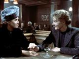 Julia  Jane Fonda  Vanessa Redgrave  1977