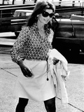 Jacqueline Kennedy Onassis Walks Through Rome's Leonardo Da Vinci Airport