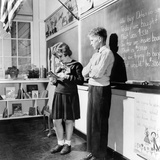 Children&#39;s School Clothing in 1943