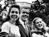 Pres Nixon Poses with Daughters  Julie Eisenhower and Tricia Nixon on Father's Day  Jun 15  1969