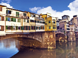 Ponte Vecchio and Arno River  Florence  Tuscany  Italy