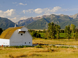 Wallowa Mountains and White Barn in Field Near Joseph  Wallowa County  Oregon  USA