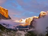 Sunset Colors the Classic Tunnel-View  El Capitan and Half Dome  Yosemite  California  USA