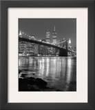 Night View of Brooklyn Bridge and Manhattan Skyline