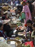 Weekly Food Market  Taungyi  Southern Shan State  Myanmar (Burma)  Asia