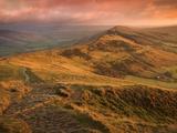 Sunrise Light on the Great Ridge  Hope Valley  Peak District National Park  Derbyshire  England  UK