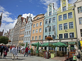 Colourful Building Facades on Long Market (Dlugi Targ) Showing Town Hall  Gdansk  Pomerania  Poland