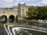 Pulteney Bridge and River Avon  Bath  UNESCO World Heritage Site  Avon  England  UK  Europe