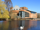 Royal Shakespeare Company Theatre and River Avon  Stratford-Upon-Avon  Warwickshire  England  UK