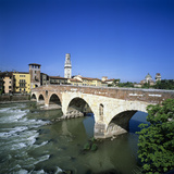 Ponte Pietra and the River Adige  Verona  UNESCO World Heritage Site  Veneto  Italy  Europe