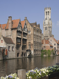 Canal of Traditional Flemish Gables and Belfry  Brugge  UNESCO World Heritage Site  Belgium