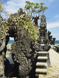 Pura Batu Bolong Temple  South of Senggigi  Lombok  Indonesia  Southeast Asia  Asia