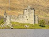 Kilchurn Castle  Loch Awe  Argyll and Bute  Scottish Highlands  Scotland