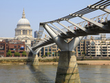Millennium Bridge and St Paul's Cathedral  London  England  United Kingdom  Europe