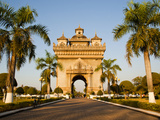 Patuxai  (Victory Gate)  a Replica of Arc de Triomphe  Vientiane  Laos  Indochina  Southeast Asia