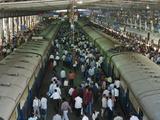 Rush Hour in Victoria Terminus (Chhatrapati Shivaji Terminus)  Mumbai (Bombay)  Maharashtra  India