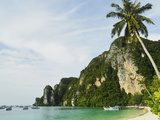 Ton Sai Bay  Ko Phi Phi  Krabi Province  Thailand  Southeast Asia  Asia