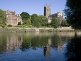 Kleve Walk with Cathedral on East Bank of River Severn  Worcester  Worcestershire  England  UK
