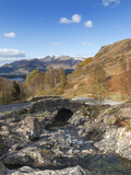 Ashness Bridge and Barrow Beck  Derwent Water and Skiddaw  Lake District Nat'l Park  England