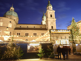 Christmas Market and Salzburg Cathedral  UNESCO World Heritage Site  Salzburg  Austria  Europe