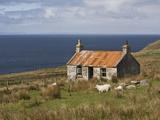 Abandoned Croft, Wester Ross, Highlands, Scotland, United Kingdom, Europe Papier Photo par Jean Brooks