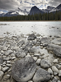 Athabasca River  Jasper National Park  UNESCO World Heritage Site  Alberta  Canada  North America