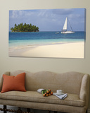 Panama  Comarca de Kuna Yala  San Blas Islands  Beach and Sailing Boat