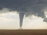 A Classic Spring Tornado Developed from a Supercell Thunderstorm