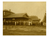 Lacey Depot  Waiting for Taft (1909)