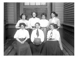 Girls&#39; Basketball Team  Central School  Seattle (May 1909)