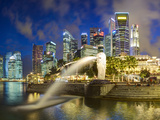The Merlion Statue with the City Skyline in the Background  Marina Bay  Singapore