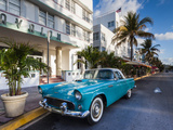 USA  Miami Beach  South Beach  Ocean Drive  Avalon Hotel and 1957 Thunderbird Car