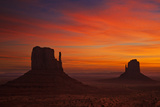 West and East Mitten Butte  the Mittens at Sunrise  Monument Valley Navajo Tribal Pk  Arizona  USA