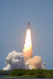 Launch of Space Shuttle Discovery from Launchpad 39A on July 4  2006  Cape Canaveral  Florida  USA