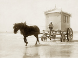 Beach wagon in Ostende  1910