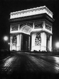 Arc de Triomphe de l'Étoile at night  1928