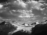 Worthington Glacier and Chugach Mountains  Thompson Pass Near Valdez  Alaska  USA