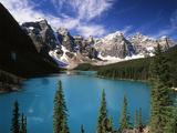 Wenkchemna Peaks Reflected in Moraine Lake, Banff National Park, Alberta, Canada Papier Photo par Adam Jones