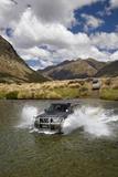 4Wd Crossing Mararoa River  Mavora Lakes  Southland  South Island  New Zealand