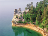Pictured Rocks National Seashore on Lake Superior  Miner's Castle  Michigan  USA