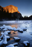 El Capitan and Merced River  Yosemite National Park  California  USA