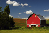 Red Barn in the Palouse Area  Whitman County  Washington  USA