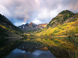 Maroon Lake  View of Autumn Aspens  White River National Forest  Colorado  USA