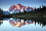 Mt Shuksan from Picture Lake  Mount Baker-Snoqualmie National Forest  Washington  USA