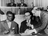 Congo's PM Lumumba and Belgium's Premier Eyskens Sign Act of Independence  1960