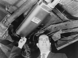 Harold Lipchik Introduced an Early Emission Control Devices for Cars in 1964